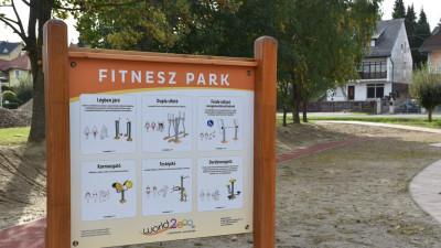 Új munkánk Zalakaroson: futópálya építés, fitnesz eszköz és játszótér bővítés.