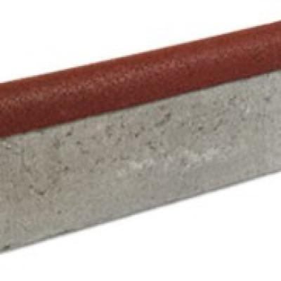 Gumi szegély beton szegély élére