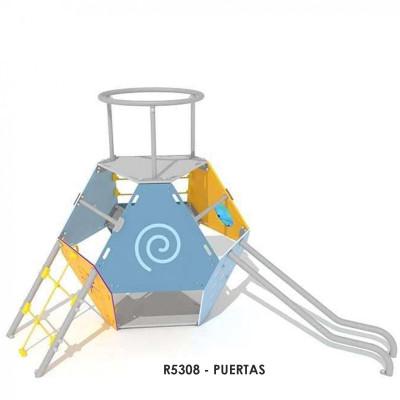 R5308 - PUERTAS játékház, Platformtal, pavilonnal. Tartalmazza a kör alakú bejáratot, a forgó kereket, a geometriai elemeket, a hegymászó hálót, a kör alakú rudazatot, a kötél létrát, a csúszó rudakat és a kör alakú pavilonnal ellátott állványt.