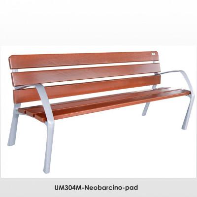 UM304M-Neobarcino-pad. FSC; Fenntartható forrásokból származó fából készült, öntött alumínium lábakkal. A pad különböző fa színű kivitelben is kapható.