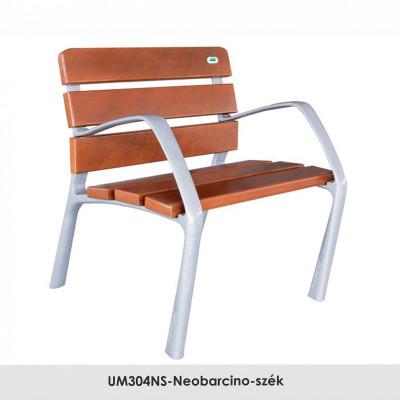 UM304NS-Neobarcino-szék. FSC; Fenntartható forrásokból származó fából készült, öntött alumínium lábakkal. A pad különböző fa színű kivitelben is kapható.