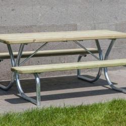 Asztal-pad kombináció